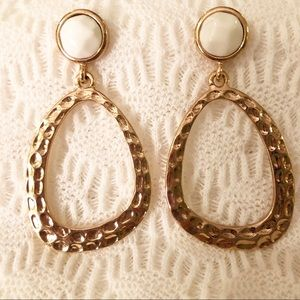 Jewelry - Hammered Gold and Cream Earrings
